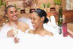 Когато взимате вана заедно