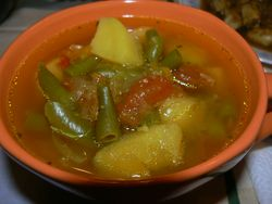 Супа с къри и картофи