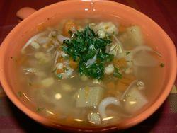 Супа от соеви кълнове, жито и тиквички