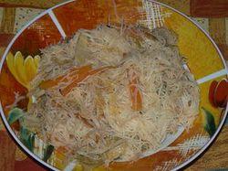 Оризови спагети със зеленчуци