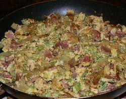 Китайско зеле с яйца и филе