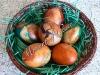 Боядисване на яйца - боядисване с лук